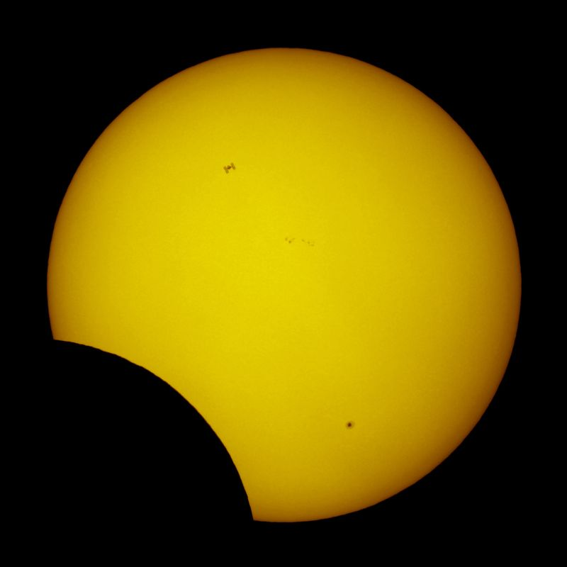Thierry_eclipse_iss